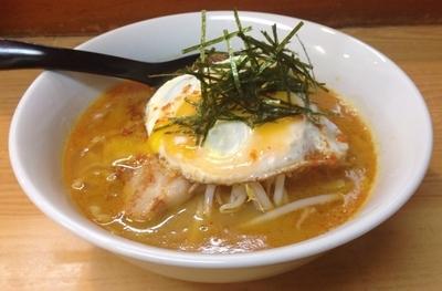 「カレー担々麺(ライス付・17時以降一日限定15食)890円」@魔女のカレーの写真