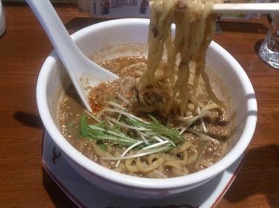 「【白胡麻担々麺】690円」@紅豚の写真