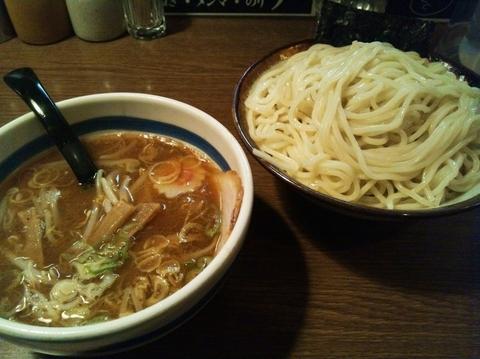 「つけ麺(大盛り)」@大勝軒 十五夜 新宿御苑店の写真
