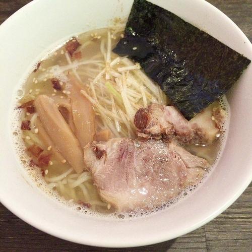 「天地返し麺 塩 680円」@六紋銭 -essence-の写真