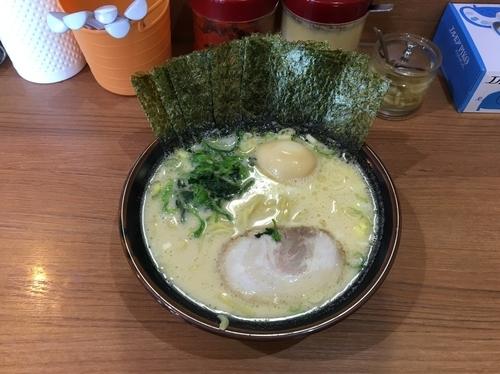 「醤油のり玉ラーメン 780円」@金沢家の写真