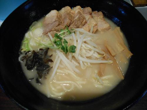 「特製角煮チャーシュー麺塩(830円)」@らーめん 玉彦の写真