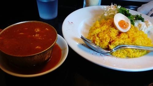 「赤い鶏カレー(中盛)」@カレーは飲み物。の写真