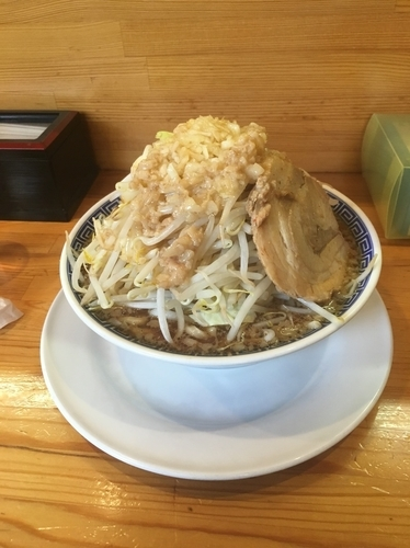 「しょうゆラーメン(麺並、野菜増し、あぶら増し)750¥」@ラーメン ガジローの写真