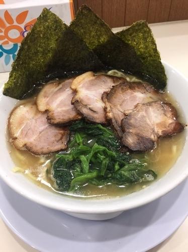 「弘豚チャーシュー麺中盛1000円、硬め濃いめ」@ら〜めん弘の写真