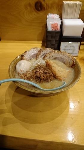 「九州麦味噌 味噌漬け炙りチャシュー麺 +味噌漬け煮玉子」@麺場田所商店 春日部店の写真