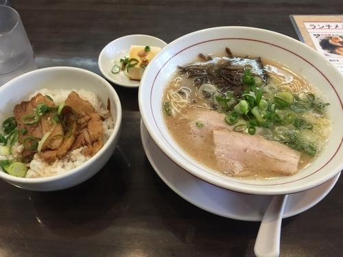 「白 チャーシュー丼セット(800円)」@麺ダイニング 福の写真
