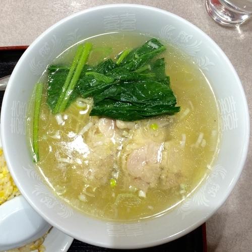 「Bセット とり肉ラーメンと半チャーハン800円(税込)」@中国酒家 龍鳳の写真