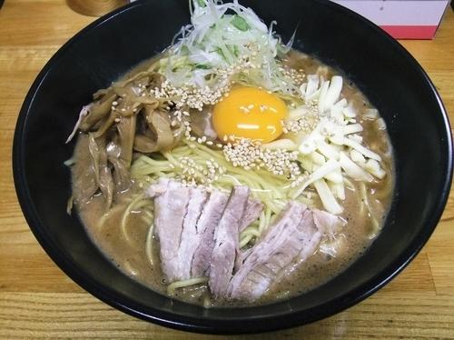 「【季節限定】油そば豚骨スープ(830円)」@麺処福吉ATSUSHIの写真