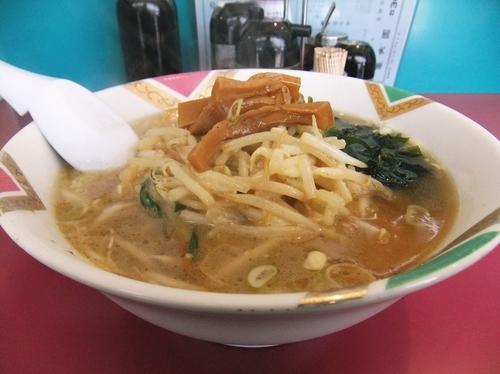 「味噌麺(700円)」@中華料理 華天園の写真