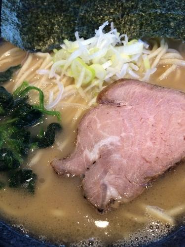 「クリーミー豚骨塩 650円」@麺や かがのの写真