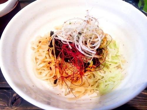 「汁なし担担麺(並)600円」@餃々軒の写真
