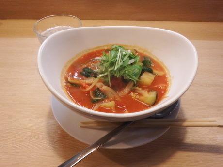 「トマト麺 少なめ」@トマト麺 Vegieの写真