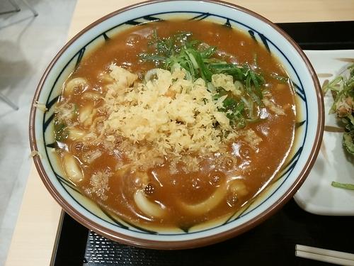 「カレーうどん(並盛)410円」@丸亀製麺 イーサイト高崎店の写真