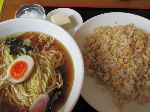 「ラーメンセット+コーヒー 「680円+サービス」」@元祥の写真