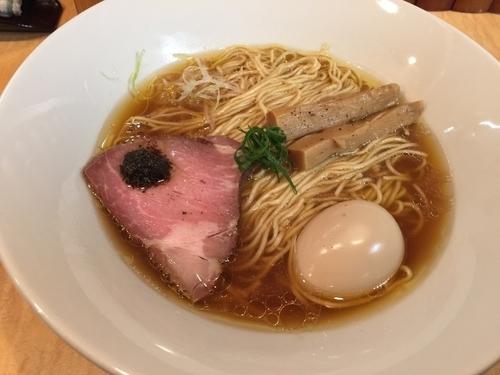 「味たま醤油そば」@Japanese Soba Noodles 蔦の写真