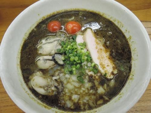 「牡蠣出汁そば しお」@めんや 暁の写真