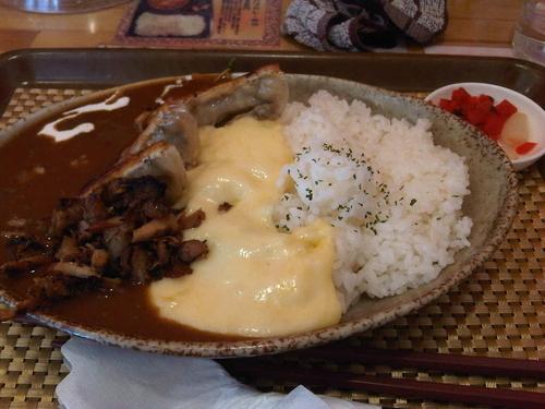 「餃子カレー+チーズ」@いわま餃子~EXOTIC DINING~の写真