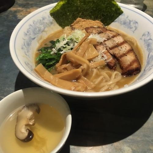 「ラーメン(¥750)」@麺屋こうじの写真