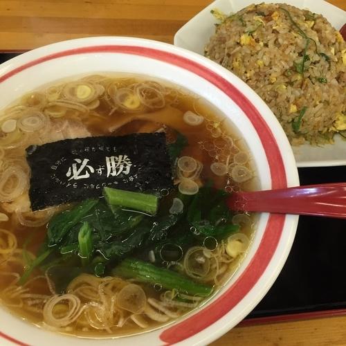 「醤油ラーメン(半麺、細麺)¥430+チャーハンセット¥470」@めん王 若柴店の写真