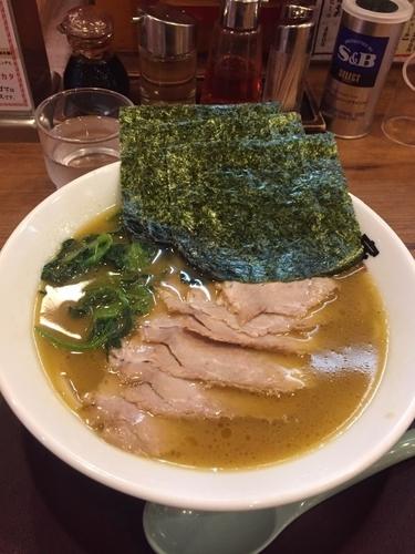 「チャーシュー麺、硬め濃いめ」@佐々木家 秋田本店の写真