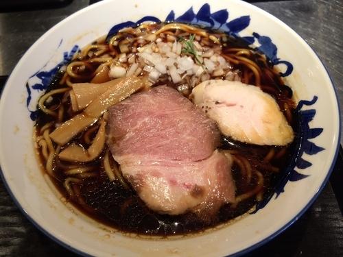 「たまり醤油ラーメン」@麺匠 佐蔵 FUBUKIの写真