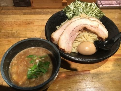「特製つけ麺(大盛り)」@つけ麺 雀 アメ村本店の写真