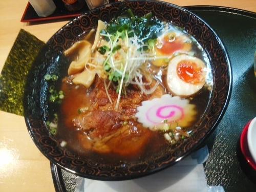 「チャーシューメン¥980 + クーポン煮玉子」@麺屋中ひらの写真
