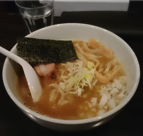 「濃厚ラーメン太麺 810円」@麺屋繁の写真