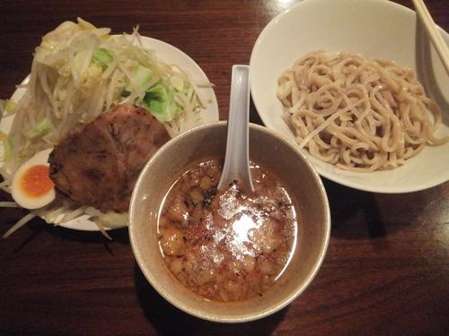 「つけ麺小680円(クーポンで500円)野菜マシ」@喝力屋の写真