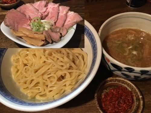 「辛つけ¥850, チャー皿¥400 & 生エビス」@燦燦斗の写真
