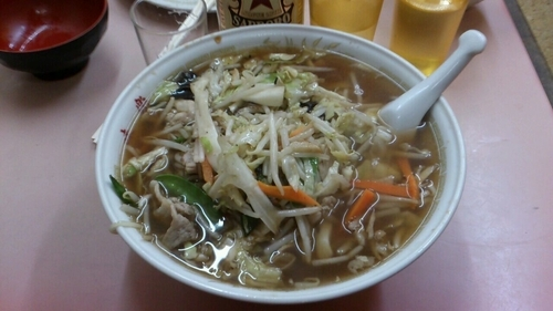 「ヤサイ麺ニンニク入_550円」@中華料理 味楽の写真