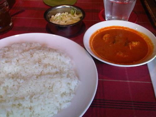 「ゴア風エビカレー(1340円・ワンカレーランチ・ライス選択)」@純印度料理 AJANTAの写真