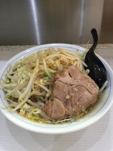 「らーめん⓪」@麺処MAZERU 神田店の写真