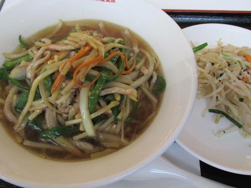 「チンジャオロース麺 「810円」」@横浜鳳凰楼新館の写真