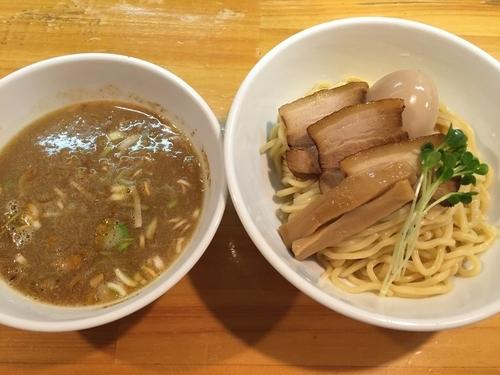 「半熟煮卵つけ麺:820円」@烏城の写真