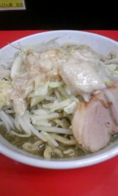 「びんにぼ中(ニンニク、アブラ)850円」@びんびん豚の写真