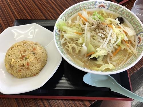 「俺のタンメン+半チャーハン」@釈迦堂PA(下り) 釈迦堂ラーメン食堂の写真