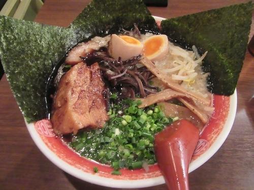 「新味全部入り(1000円)+替え玉」@ラーメン 麺や亮の写真