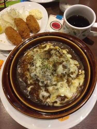 「焼きチーズハンバーグカレードリア+カキフライ」@デニーズ 品川港南店の写真