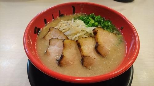 「とんこつ(太麺)+肉増し」@丸十の写真