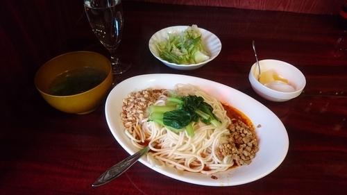 「汁なし担々麺(ランチセット)」@中国家庭料理 楊 別館の写真