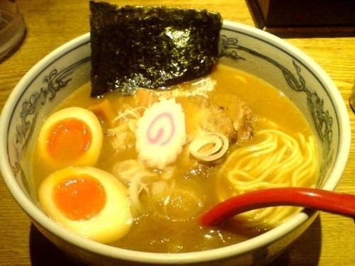 「特製六三六らーめん (910円)」@麺や 六三六 名駅店の写真
