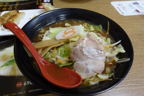 「野菜ラーメン(醤油)」@8番らーめん 金沢駅店の写真