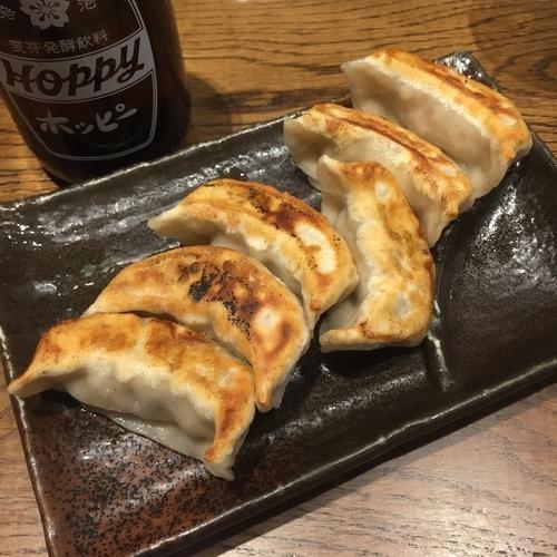「肉汁焼餃子」@肉汁餃子製作所ダンダダン酒場 下北沢店の写真