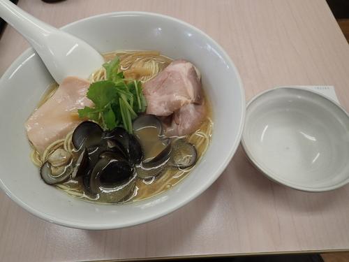 「しじみそば(830円)」@中華そば よしかわの写真