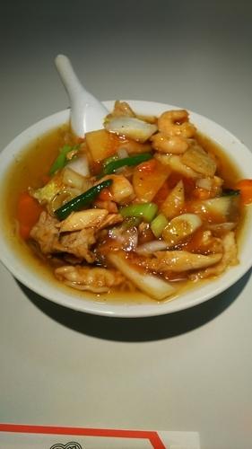 「三鮮麺(エビ肉餡かけラーメン)」@梅華の写真