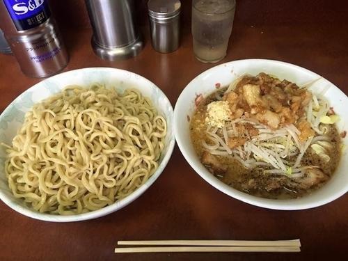 「つけ麺 ヤサイマシアブラニンニクすこしマシ」@ラーメン二郎 めじろ台法政大学前店の写真