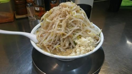 「醤油らーめん(野菜多目、麺400g、ニンニク)」@らーめん大 京都深草店の写真