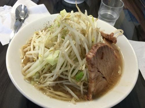 「大盛りラーメン+野菜普通」@ラーメン北郎の写真